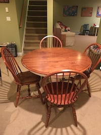 Ethan Allen table and chairs Weatogue, 06089