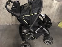 Baby's black stroller in very good condition it's like brand new  New Westminster, V3M 1M4