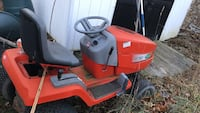 red and black ride on mower Wallkill, 10940