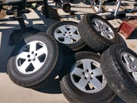 Jeep wheels n tires Acton, 93510