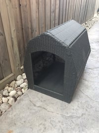 Dog house outdoor or indoor, never used