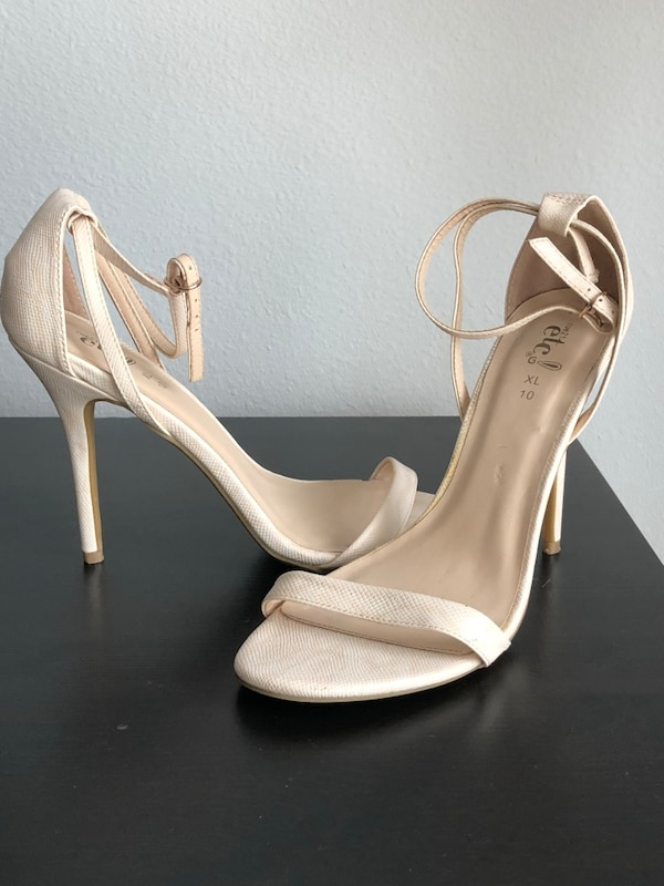 6fc0781ecd28 Used Sz 10 --Pair of nude one strap heels for sale in Dallas - letgo