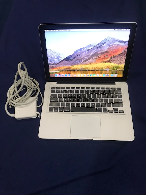 2012 MacBook Pro 13 inch i5 500 Hard Drive in great conditions