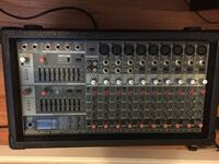 *For parts or fix*Behringer pmp2000 powered pa mixer Churchton, 20733