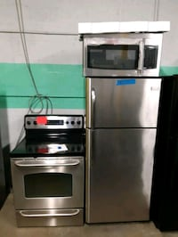 3PC. PACKAGE STOVE, FRIDGE AND NEW OVER THE RANGE MICROWAVE WORKING PE