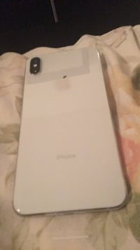 White and gray lg smartphone 3154 km