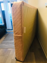 Queen Box Spring like new in excellent condition Toronto, M9M 1L4