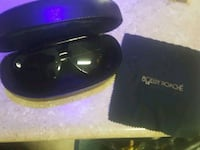 black framed Gucci sunglasses with case 1959 km