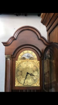 Grandmother clock. Needs some adjustments and a small side window repaired. Washington, 20024
