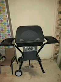 Propane barbeque grill  Carrollton, 75007