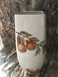 White, brown, and green ceramic flower vase 14 inch tall Wilmington, 19806