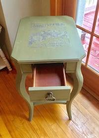 Side Table ~ OLIVE GREEN