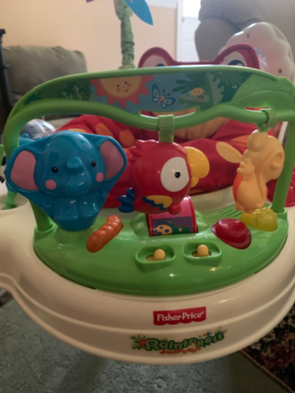 Fisher Price Jumperoo 5e4ff6dc-dc69-439f-857d-6654904827c0