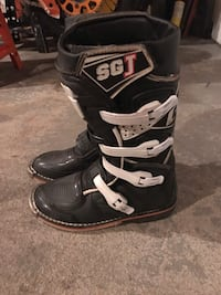 Gaerne youth boots Elmira Heights, 14903