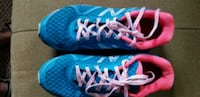pair of blue-and-pink running shoes Winnipeg, R2R 1G3