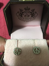 Peace sign earring Juicy Couture Brampton, L6S 6L2