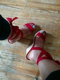 Shoedazzle red lace-up wedge sandal