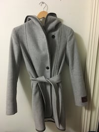 gray button-up coat 3152 km