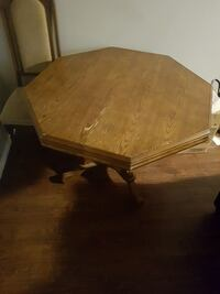 Table  Sarnia, N7S 5P4