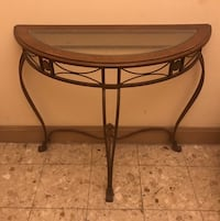 High Quality Entrance / Console Table Baltimore, 21202