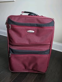 Carry-on suitcase with exterior pockets and two wheels Annapolis