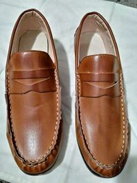 pair of brown leather loafers Mableton, 30126