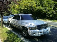white Dodge Ram 1500 extra cab pickup truck District Heights, 20747