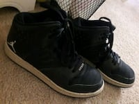 pair of black Air Jordan basketball shoes Hesperia, 92344