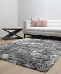 [BRAND NEW: IN WRAPPER] Luxe 8' by 10' Area Shag Rug ( Silver / Gray )