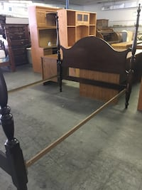 Full size bed frame Newport News, 23605