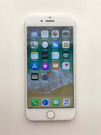 iPhone 7 32 GB. Silver. Like new! Unlock!