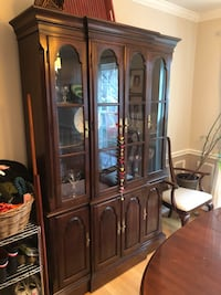 Ethan Allen Dining Room Table and China Cabinet Set Fairfax