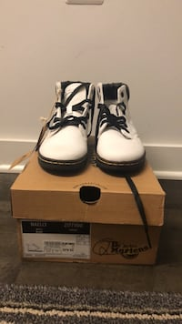 BRAND NEW* DR MARTENS WHITE MAELLY CANVAS SHOES Silver Spring, 20910