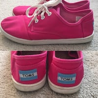 Girls toms size 3.5 Frederick, 21703