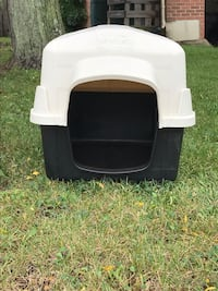 Petmate Doghouse 594 mi