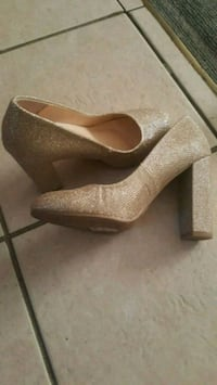 pair of brown suede platform stiletto shoes 3735 km
