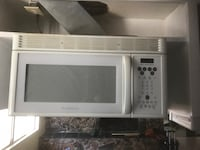 Microwave hood over stove or cook top Beaumont, 92223