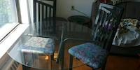 Round glass table with 3 chairs Toronto, M5A 4G1
