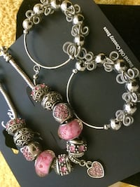 Very pretty bracelet $25 / Large hoop-earrings $13 / Chrystal necklace with butterfly $20