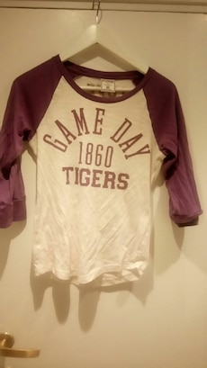 Hvit og rød Game Day 1860 Tigers trykt scoop neck albue sleeve shrt