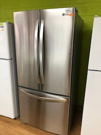 "Stainless steel 33"" LG french door refrigerator 47 km"