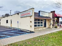 COMMERCIAL For sale 1BA Clawson
