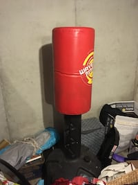 red and black Wave Master free standing heavy bag Kansas City, 64134