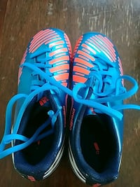 Adidas Size 3 soccer shoes Penticton, V2A 4T3