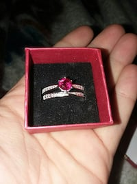 Beautiful Pink Sapphire Sterling Silver Ring. Sz.9