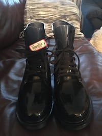 Women's lace up rubber boots. Size 9  Brand New with tags Toronto, M5A