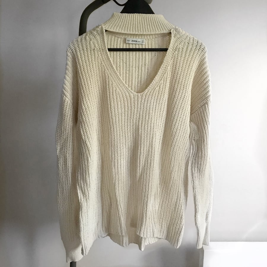Zara Beige V-Neck Sweater