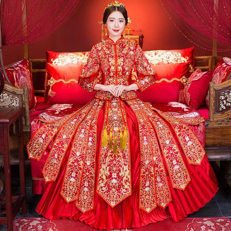 New Traditional Chinese Wedding Gown Handmade Embroidery size M