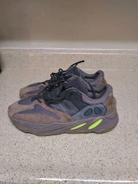 Yezzy Adidas size 12 (Wore twice) District Heights, 20747