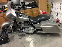 Silver touring motorcycle North Las Vegas, 89031